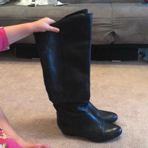 6bc31eb601d Steve Madden black leather boots. M 5b70f5929264af21cf0793b2